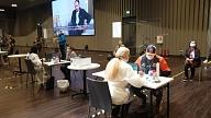 Turpmākās trīs dienas vakcinācija pēc iepriekšējas pieteikšanāsnotiks dažādos liela mēroga centros visā Latvijā