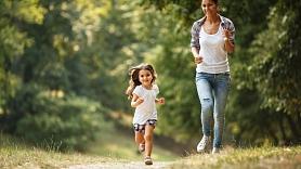 5 iemesli, kādēļ sportot no mazotnes