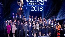 Apbalvoti 2018. gada labākie mediķi (FOTO)