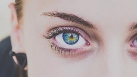 Ieradumi, kas nopietni kaitē tavām acīm