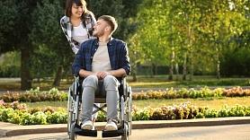 Atrast spēku nespēkā jeb – kā sadzīvot ar invaliditāti? Stāsta terapeite