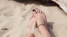 Kā atbrīvoties no sausās un cietās papēžu ādas? Iesaka speciālisti