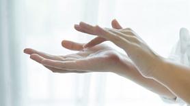 Kā pagatavot roku maskas un vanniņas mājas apstākļos? Iesaka farmaceite