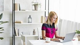 Kā uzlabot fizisko labsajūtu un darba efektivitāti, strādājot no mājām?