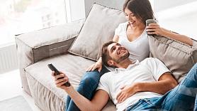 Kā veidot veselīgas pāra attiecības pandēmijas laikā? Iesaka psihoterapeite