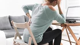 Pētījums:Trešdaļai iedzīvotāju pēdējā gada laikā sāpējusi mugura; strādājot mājās, muguras problēmas saasinās