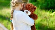 13 pazīmes, kas var liecināt par bērna depresiju