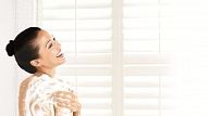 6 noderīgi padomi, kā mazgāties dušā ādai draudzīgi
