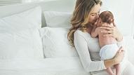 9 pazīmes, kas var liecināt par pēcdzemdību depresiju
