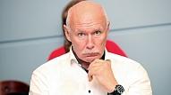 Apinis: Par valdību, Latvijas futbola izlasi un naudu veselības aprūpei – kuros vārtos ir bumba