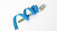 Ārsts: Brokastu svarīgums un neēšana pēc sešiem ir pārspīlēti mīti