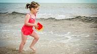 Bērnu drošība pie ūdens: Biežākās pieaugušo kļūdas
