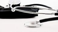 Bērnu slimnīcas vadītājs: Latvijas ārstu izglītošanas kvalitāti apliecina mediķu pieprasījums citās valstīs