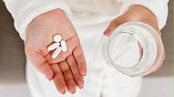 Cik daudz šķidruma jāuzņem, lietojot medikamentus?