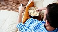 Eksperti: Latvieši joprojām par daudz ēd un par maz kustas