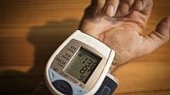 Eksperti: Paaugstinātu asinsspiedienu var arī nejust, un tas skar aizvien jaunākus cilvēkus