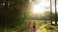 Kā nodrošināt labvēlīgus apstākļus bērna fiziskajai attīstībai? Skaidro treneris