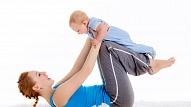 Kā veselīgi atgūt formu pēc dzemdībām? Skaidro fitnesa trenere