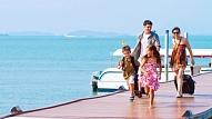 Kas jāņem līdzi, dodoties ceļojumā kopā ar bērnu? Stāsta bērnu veselības eksperte