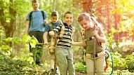 Kas vecākiem jāzina par bērna drošību vasaras nometnē?