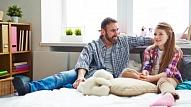 4 būtiskas tēmas, par kurām tētim runāt ar pusaudzi