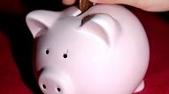 5 veidi, kā iemācīt bērnam rīkoties ar naudu