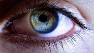 6 pazīmes, kas liecina – laiks doties pie acu ārsta: Skaidro oftalmologs