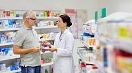 7 jautājumi, ko obligāti uzdot farmaceitam pirms zāļu lietošanas