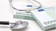 Covid-19 ierobežošanā iesaistīto darbinieku piemaksu pagarināšanai atvēlēs 47 miljonus eiro