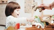 Kā izvēlēties pareizo auklīti savam bērniņam? Stāsta psiholoģe