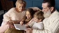 Kā vecākiem un vecvecākiem būt vienotiem bērna audzināšanā?