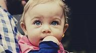 Kādā vecumā bērnam jāsāk runāt? Skaidro speciāliste