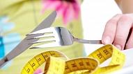 Kādu kaitējumu sievietes veselībai var nodarīt diētas un ēšanas traucējumi? (VIDEO)