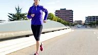 Kas jāievēro, uzsākot sportot ārā, un kā ārstēt biežākās traumas? Stāsta farmaceite