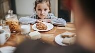 Ko darīt, ja bērns negrib ēst? Skaidro uztura speciāliste