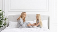 Ko pārrunāt ar meitu, sagaidot pirmās mēnešreizes? Stāsta ginekoloģe
