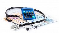 Nākošgad mediķu zemākā darba samaksa palielināsies par 25%