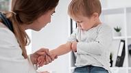 Palielina vakcinācijas konsultāciju pieejamību Bērnu slimnīcā