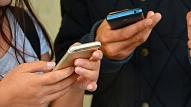 Pētījums: Pārmērīga aizraušanās ar saziņu virtuālajā vidē var radīt tieksmi nemitīgi kontrolēt tuviniekus