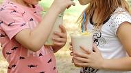 Svaigi spiestas sulas un smūtiji bērna uzturā: Ar ko sākt?