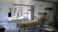 VM: Gatavojoties Covid-19 pacientu skaita pieaugumam, būtiski stiprināta slimnīcu kapacitāte