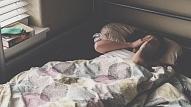 8 iemesli, kāpēc tu pastāvīgi mosties nakts vidū