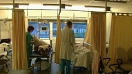 Apsver iespēju atkal atvērt Rīgas 1.slimnīcas uzņemšanas nodaļu