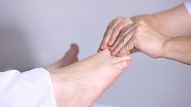 Ārstnieciskais pedikīrs kopējā veselības stāvokļa uzlabošanai