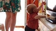 Bērna fiziskā un emocionālā attīstība: Kas jāņem vērā, izvēloties aukli?