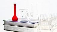 Ķīmijas un farmācijas uzņēmēju asociācija aicina skolēnus piedalīties radošo eksperimentu konkursā