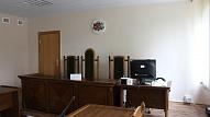 Turpinās skatīt nolaidībā apsūdzētā Daugavpils slimnīcas bērnu ķirurga lietu