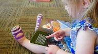 Vai mazulim labāk augt mājās vai bērnudārzā? Skaidro psiholoģe
