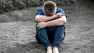 Vai pusaudžiem raksturīga nosliece uz domām par pašnāvību?
