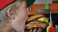 Vairāk nekā puse Latvijas skolēnu savu veselību vērtē kā labu, pieaug liekā svara tendences